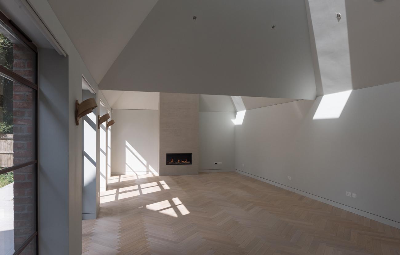 Oak floor interior